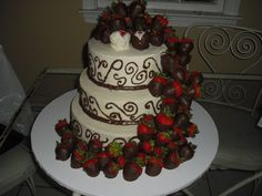 Wedding Cake With Chocolate Dipped Strawberries - 5000+ Simple ...