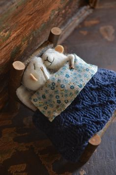 Love this and want one....Sleeping Married Sweet Tiny Mice - unique - needle felted ornament animal, felting dreams made to order. $118.00, via Etsy.©
