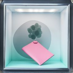 bubble voyage – a window display merging the analogue and the digital world to unveil hidden stories Vienna, Bubbles, Objects, Display, Frame, Window, Studio, Digital, Design