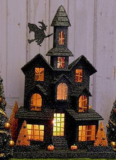 KD Vintage Lighted Halloween Mansion