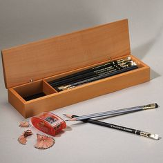 Palomino Blackwing Boxed Gift Set - Pencil Gift Set - Levenger