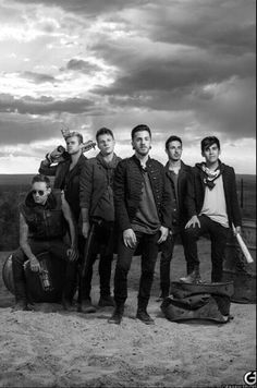 OMFG *-* Crown the Empire they look so badass