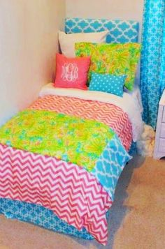 The Domestic Curator: How To Design A Dorm Room Bed!