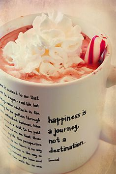Peppermint hot chocolate and philosophy. Who knew? Chocolate Dreams, Hot Chocolate Bars, Inspirational Posters, Cupcakes, Holiday Drinks, Baking Ingredients, Yummy Drinks, Peppermint, Treats