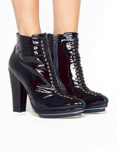 Dario patent ankle boots
