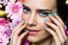 Make up: Katja Kokko, hair: Piia Hiltunen, photo: Paavo Lehtonen, model: Matleena/Paparazzi Makeup Inspo, Beauty Makeup, Natural Cosmetics, Best Makeup Products, Sleeping Beauty, Nail Polish, Make Up, Model, Hair