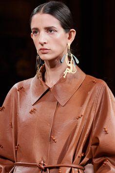 Stella McCartney Fall 2020 Ready-to-Wear Fashion Show | Vogue Stella Mccartney, Pat Mcgrath, Ysl, Vogue Paris, Chanel, Fashion Show, Fashion Outfits, Womens Fashion, Christian Dior