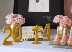 A pink and gold graduation party, filled with #DIY ideas and inspired by Tiny Prints' new line of #graduation invitations.