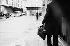 The Henderson briefcase will keep you looking sharp all year round. Check it out at: http://www.knomobags.com/uk/henderson-15-laptop-slim-brief-leather-black.html/ #briefcase #mensfashion #winter #knomo