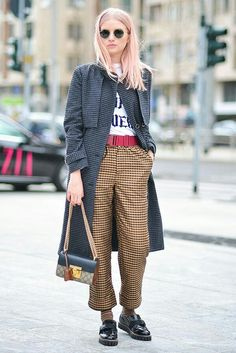 Street style-outfit-prints-gucci bag-fashion trends