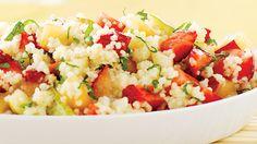 Salade tiède de poulet et couscous à la mexicaine | Recettes IGA | Légumes, Salade repas, Recette facile