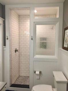 31 Stunning Farmhouse Small Bathroom Decorating Ideas - 36 Beautiful Farmhouse Bathroom Design and Decor Ideas You Will Go Crazy For Toilet For Small Bathroom, Tiny House Bathroom, Washroom, Brown Bathroom, Simple Bathroom, Bathroom Cabinets, Bathroom Mirrors, Gold Bathroom, Design Bathroom