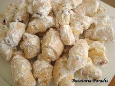 CORNULETE FRAGEDE CU IAURT, poza 3 Romanian Desserts, Romanian Food, Baking Recipes, Cake Recipes, Snack Recipes, Beignets, Biscuits, Good Food, Yummy Food