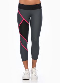 Plow pant by Tully Lou Sport Fashion, Fitness Fashion, Gym Style, Fitness Style, Fitness Gear, Workout Attire, Workout Gear, Workouts, Sport Outfits