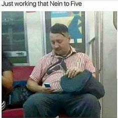 Just working nein to five