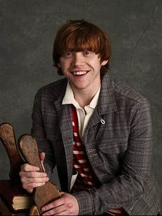 Rupert Grint...UM. I JUST DIED. HELP ME. I JUST CAN'T DO THIS ANYMORE. ASDFGHJKL