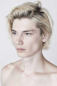 Jake Ross Gesicht 30