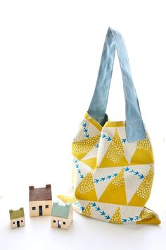 Sweet Tidings: Kokka craft and sewing recipes for the soul Diy Bags Tutorial, Best Tote Bags, Fabric Stamping, Pouch Pattern, Bag Patterns To Sew, Fabric Bags, Handmade Bags, Bag Storage, Purses And Bags