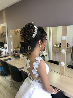 Special Occasion Hairstyles, Holiday Hairstyles, Bride Hairstyles, Wedding Hair And Makeup, Wedding Updo, Natural Hair Wedding, White Homecoming Dresses, Wedding Dresses, Curly Bridal Hair