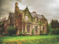 Medieval Dreams - Celtic houses