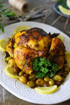 Poulet aux olives et citron confit a la marocaine + Butter Chicken, Lemon Chicken, Chicken Confit, Paleo Dinner, Dinner Recipes, Morrocan Food, Algerian Recipes, Chicken With Olives, Eat Smart