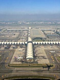 Suvarnabhumi Airport, Bangkok, Thailand.  |  ⍢    https://de.pinterest.com/poungloy/take-off/
