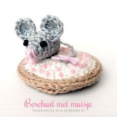 Beschuit met muisje - crochet