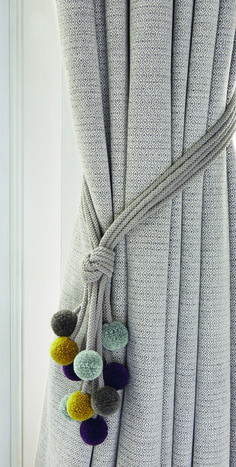 Raffhalter Rialto - - curtains -Romo Raffhalter Rialto - - curtains - Marvelous curtain ideas for master bedroom to inspire you Elephant curtain ties nursery curtain tie-backs nursery iichi Cheap Home Decor, Diy Home Decor, Rideaux Design, Pom Pom Crafts, Curtain Ties, Curtains With Blinds, Curtains With Pom Poms, Neutral Curtains, Grey And Mustard Curtains