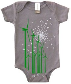 The Tomat Windmill Organic Short Sleeve Onesie is the perfect answer for your baby's clothing needs. Made from 100% certified organic cotton, this onesie keeps your baby cool while keeping the environment safe. The Tomat Short Sleeve Onesie is great for warm weather to keep your child cool and comes in sizes to fit from 3 to 12 months.