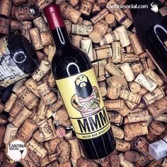 We are keeping things real #macho today with this #MachoManMonastrell from #Spain. This wine besides a topic conversation has an incredible freshness and smoothness. The tannins aren't too much and the 4 months in barrels really goes a long way. Thanks @casarojo_hkg and @casarojord  great wine!  #wine #wineporn #instawine ⠀⠀⠀⠀⠀⠀⠀⠀ #sommelier #italy #piedmont #italianwine #instavini #winelover #winetasting #personalsommelier #winekeller #amateurwein #vinho #vino  #winecellar #cantina…