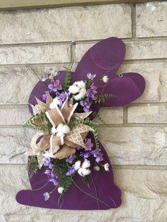 Easter door hanger, bunny door hanger, spring door hanger by shutthefrontdoor2 on Etsy https://www.etsy.com/listing/513725277/easter-door-hanger-bunny-door-hanger