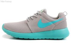 Nike Roshe Women's light gray mint green Mesh Shoes