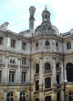 Paris, Hôtel de Ville Courtyard, Italian Staircase