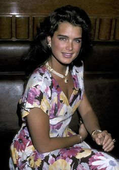 Brooke Shields Pictures and Photos | Brooke Shields Young, Selena, Robin Wright, Young Fashion, Famous Women, Hollywood Actresses, Beautiful Actresses, Beautiful People, Lady