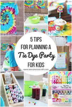 Party: 5 Tie Dye Party Tips for Kids 5 Tie Dye Party Tipps für Kinder Tye Dye, Fête Tie Dye, Tie Dye Party, Tie Dye Kit, 9th Birthday Parties, 11th Birthday, Double Digit Birthday Ideas, Birthday Ideas For Kids, Kids Birthday Party Ideas