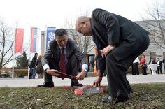 Кинези у Убу отворили представништво за Европу - http://www.vaseljenska.com/ekonomija/kinezi-u-ubu-otvorili-predstavnistvo-za-evropu/
