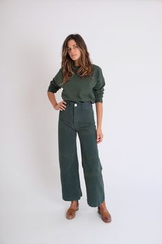 womens fashion winter looks trendy 27102 Mode Style, Style Me, Easy Style, Sailor Pants, All Jeans, Inspiration Mode, Minimalist Fashion, Minimalist Lifestyle, Capsule Wardrobe
