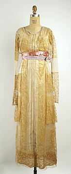 Dress  Lucile (British, 1863–1935)  Date: 1900–1935  Medium: silk