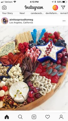 Independence Day ideas for a party Fourth Of July Food, 4th Of July Celebration, 4th Of July Party, July 4th, Party Trays, Party Platters, Holiday Treats, Holiday Recipes, Jolly Holiday