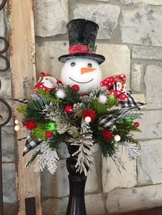 * *******This if for the arrangement only. It does not include the candlesticks, vase or little pot******* DESCRIPTION> The arrangement itself measures approximately across an… Artificial Floral Arrangements, Christmas Floral Arrangements, Christmas Centerpieces, Xmas Decorations, Christmas Snowman, Rustic Christmas, Christmas Wreaths, Christmas Ornaments, Natal Design