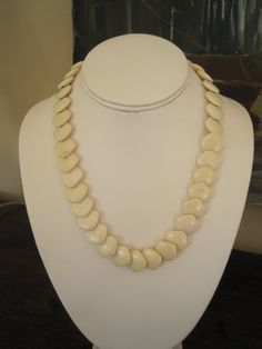 1940's celluloid necklace
