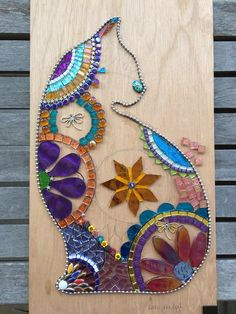 Mosaic Tile Art, Mosaic Artwork, Mosaic Diy, Mosaic Garden, Mosaic Glass, Mosaics, Stained Glass Patterns Free, Mosaic Patterns, Tile Crafts