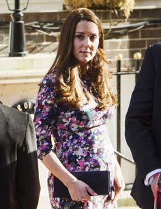Kate Middleton exibe a barriga de 7 meses com vestido colorido da Erdem