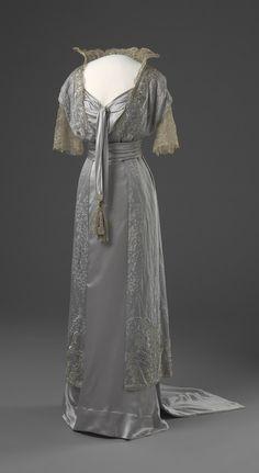 Evening Dress 1913-1914