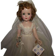 Stunning Vintage Madame Alexander Margaret Walker Bride In Original Bridal Gown, Original Wrist Tag & Accessories 18 Circa 1953