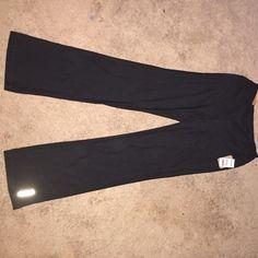 Reebok yoga pants Reebok yoga pants that I bought and just never wore Reebok Pants Straight Leg