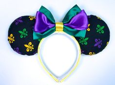 Mardi Gras Mouse Ears  New Orleans Square by WisheryEarMakers #mardigras #fattuesday #neworleansquare #disneyland #frenchquarter #portorleans #minniemouseears #porfq #por