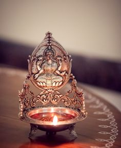 Dusshera is about Durga pooja, food treats and more. Use these home decor ideas for Dusshera to bring festive vibes. Diwali Decorations, Festival Decorations, Room Decorations, Chandeliers, Silver Pooja Items, Pooja Room Door Design, Silver Lamp, Silver Trays, Indian Interiors