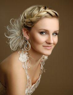 http://www.braut.de/halblanges-haar-40-styles/