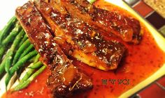 "CREOLE SPARERIBS w/ SPICED GINGER SAUCE & LEMON-GARLIC HARICOT VERTS --- This is what I call down home culinary sophistication…C'EST BON!    With that said, I am sharing my ""recipe"" for this fantastic plate of food that I prepared. As with most of my dishes, I don't measure ingredients. I'll present to you the ingredients and seasonings, and you can have fun creating your blends of spices and sauce…BON APPÉTIT!"